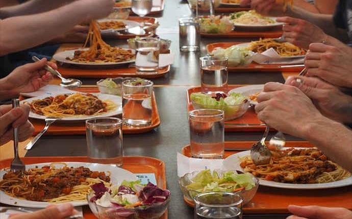 Sospensione servizio ristorazione festività 1° maggio