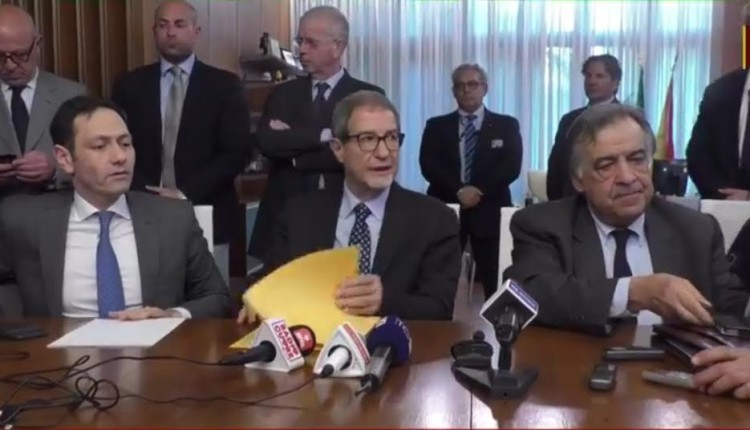 Emergenza coronavirus, la conferenza stampa del presidente della Regione